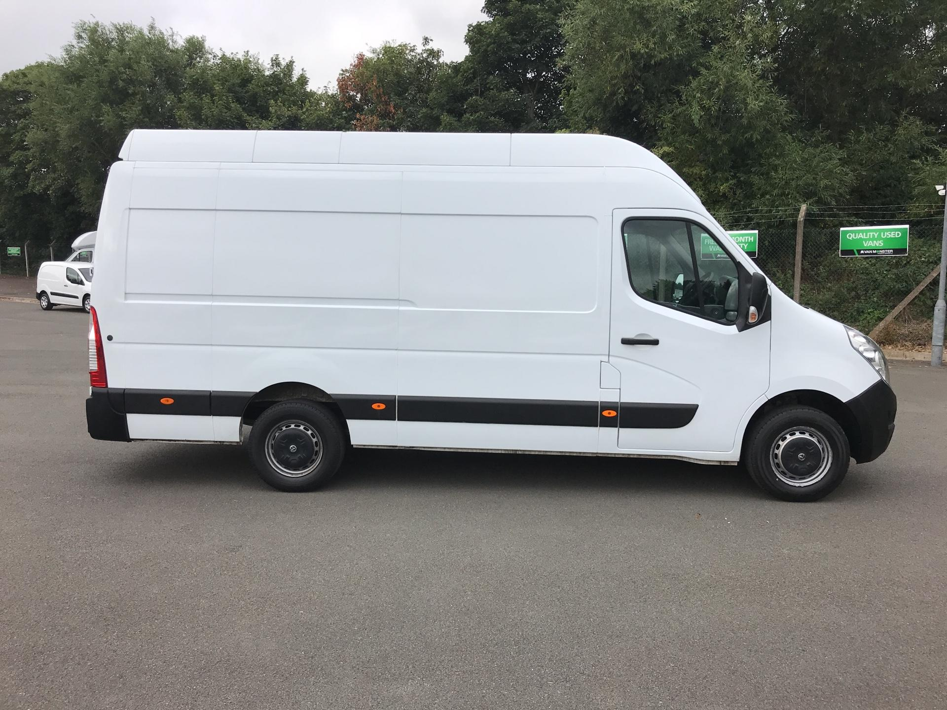 2015 Vauxhall Movano 35 L3 H3 125PS EURO 5 (DS65OFN) Image 2