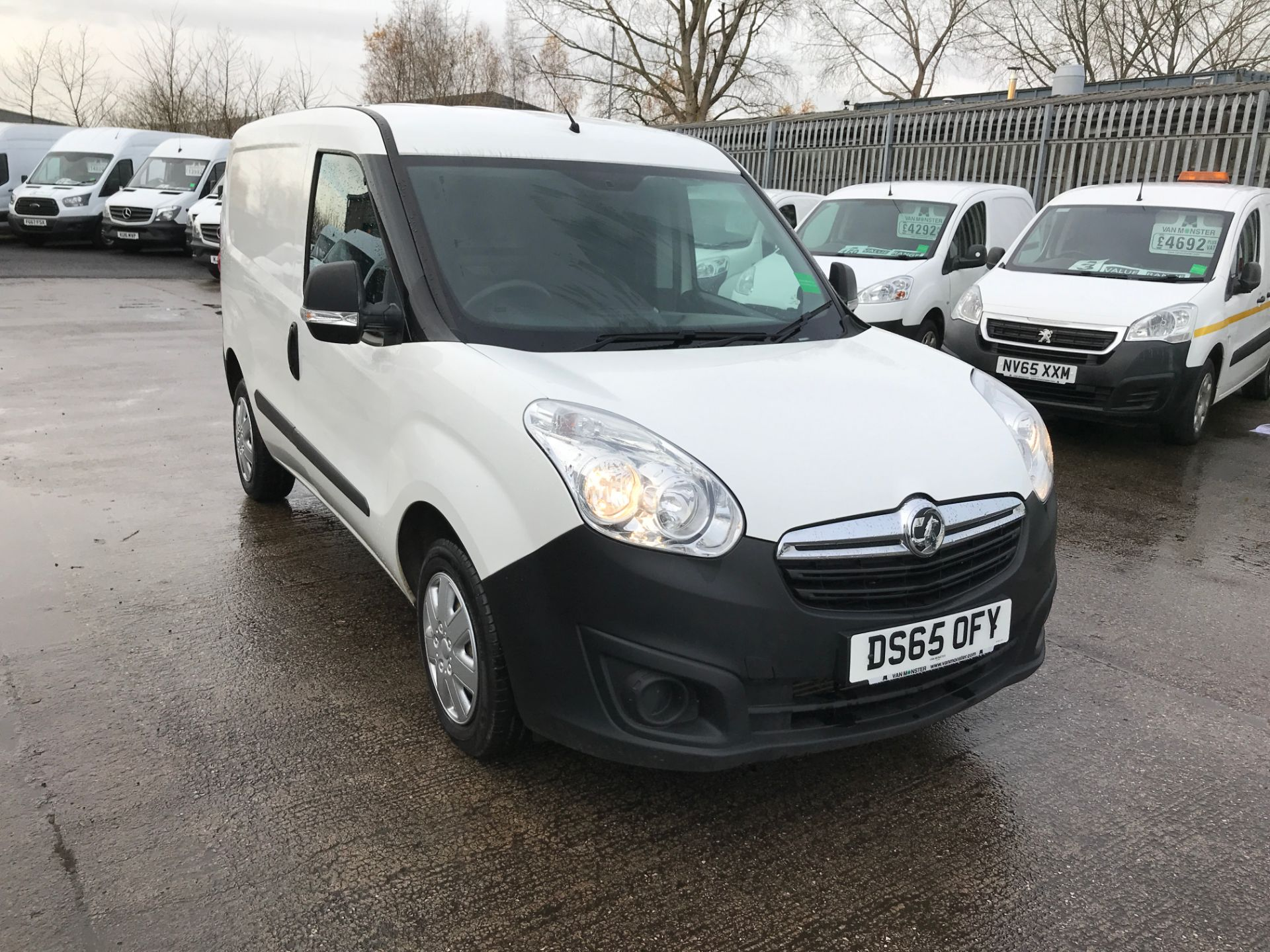 2015 Vauxhall Combo 2000 L1 H1 1.3CDTI 16V 75PS  EURO 5 (DS65OFY)