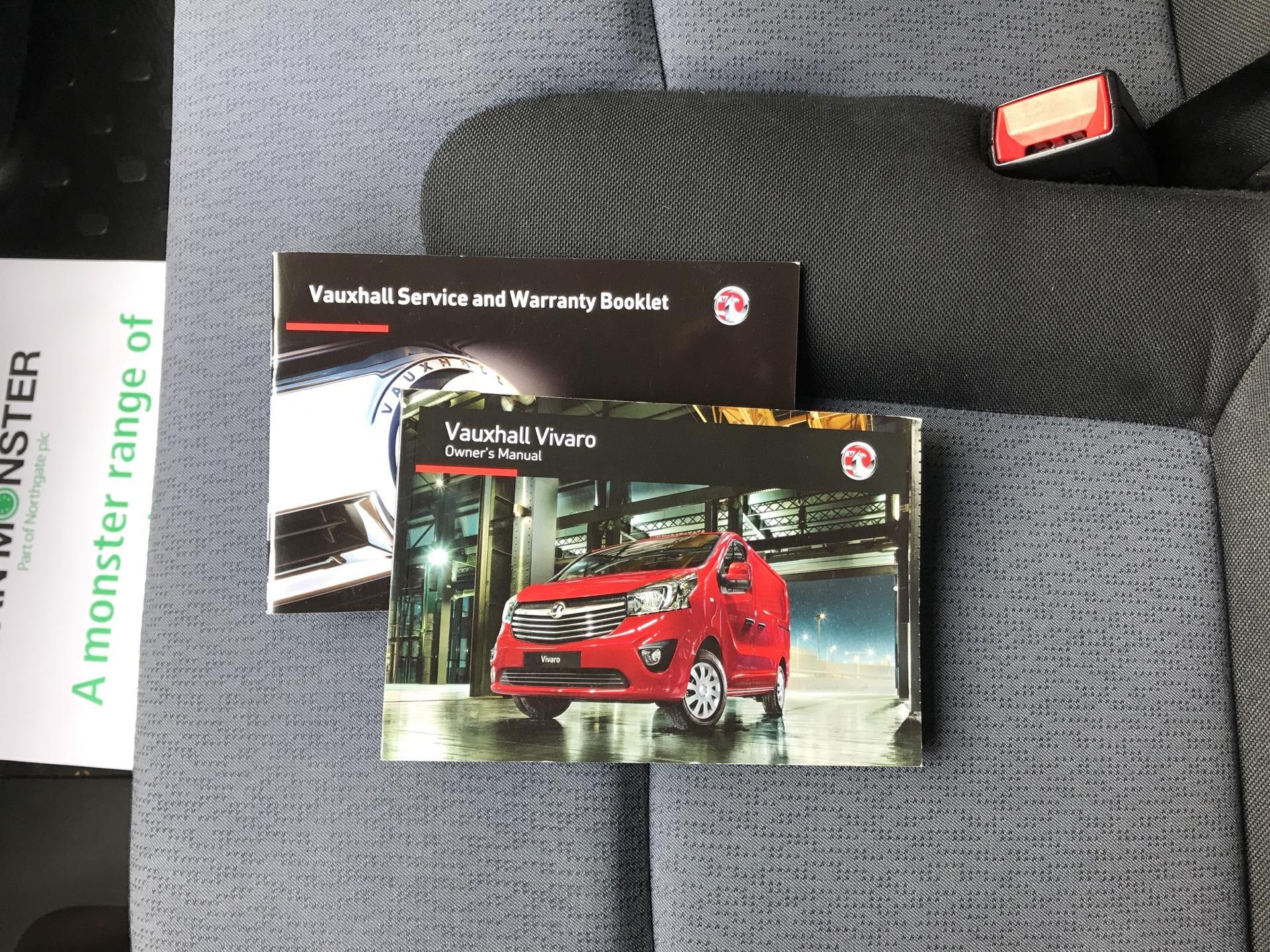 2015 Vauxhall Vivaro  L2 H1 2900 1.6 115PS Combi 9 seater Euro 5 (DS65OMC) Image 22