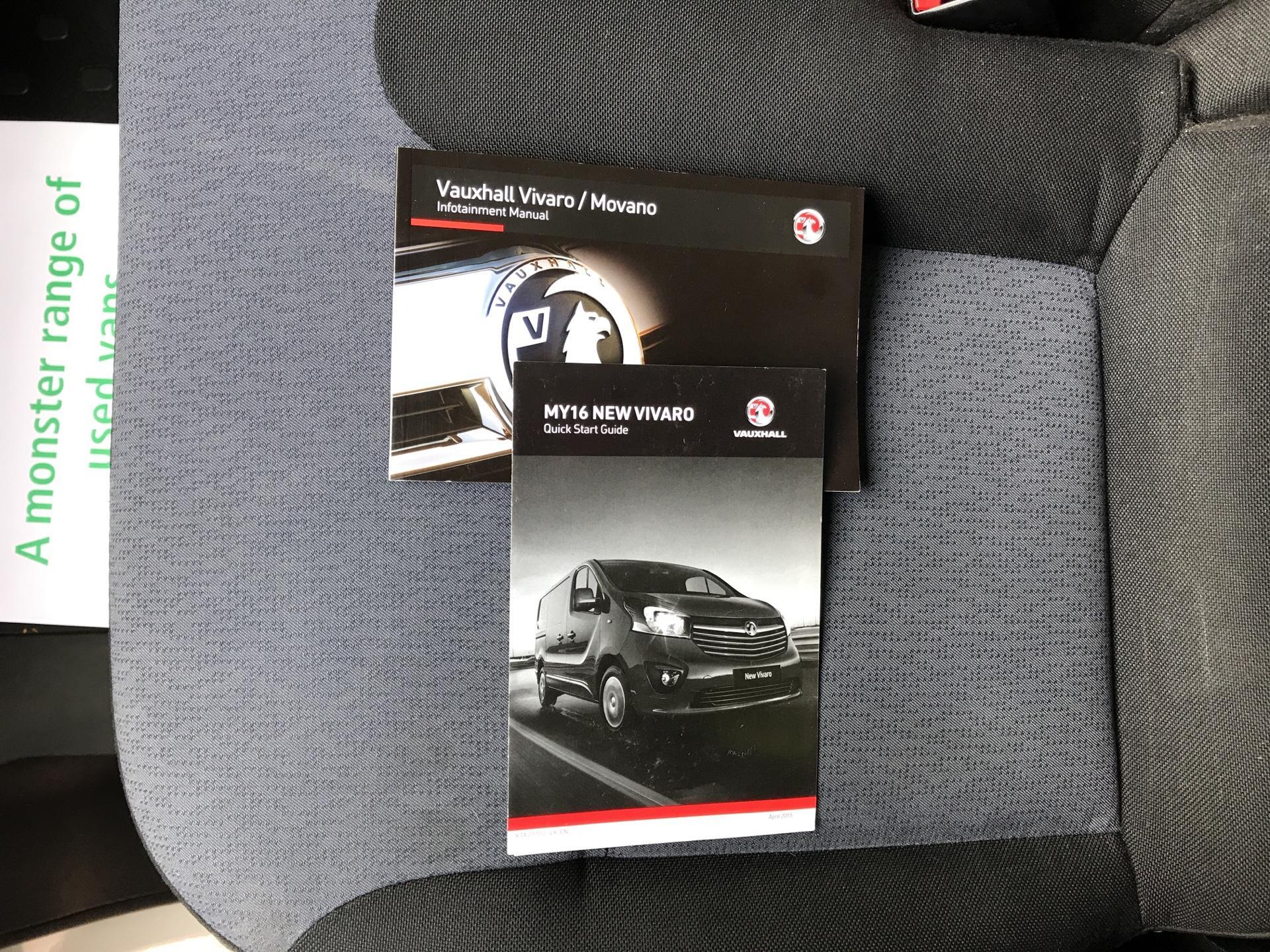 2015 Vauxhall Vivaro  L2 H1 2900 1.6 115PS Combi 9 seater Euro 5 (DS65OMC) Image 21