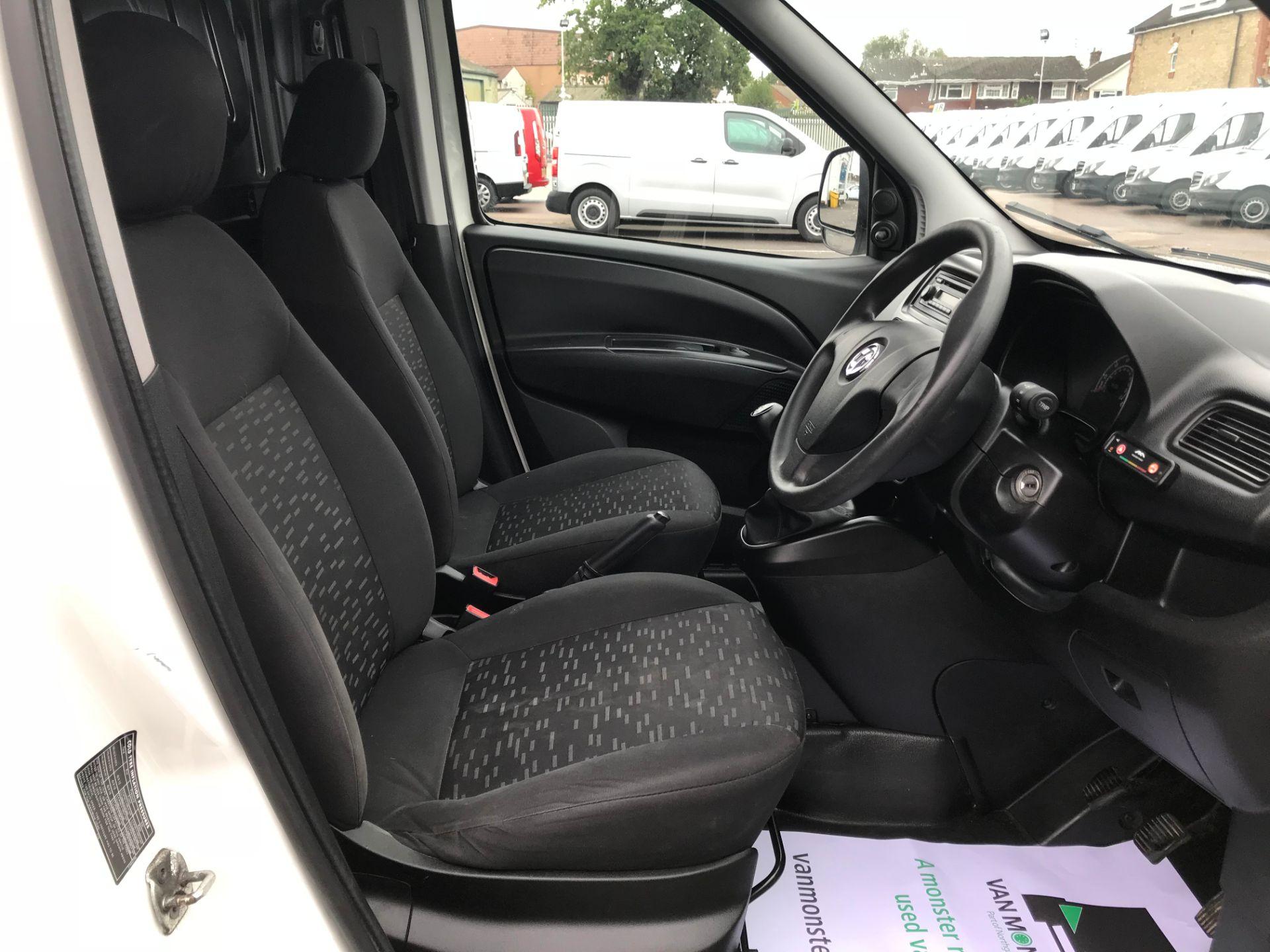 2015 Vauxhall Combo  L1 H1 2000 1.3 16V  EURO 5 (DS65OML) Image 20