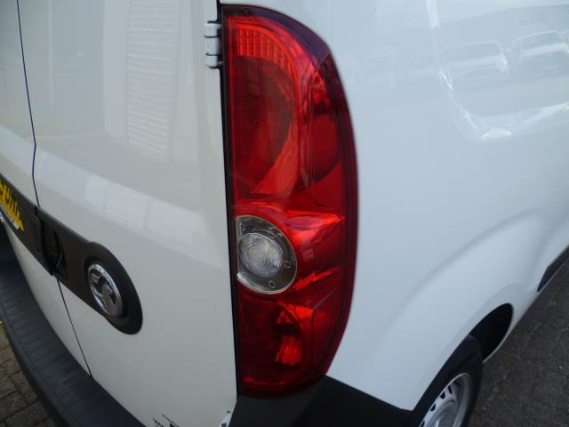 2015 Vauxhall Combo  L1 H1 2000 1.3 16V  EURO 5 (DS65OMM) Image 13