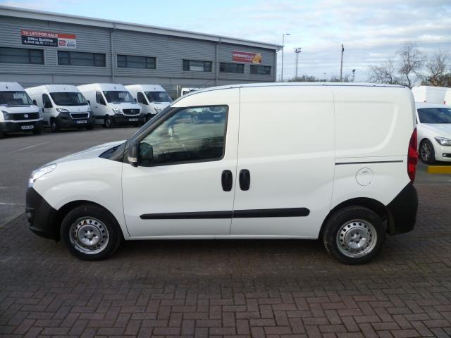 2015 Vauxhall Combo  L1 H1 2000 1.3 16V  EURO 5 (DS65OMM) Image 9