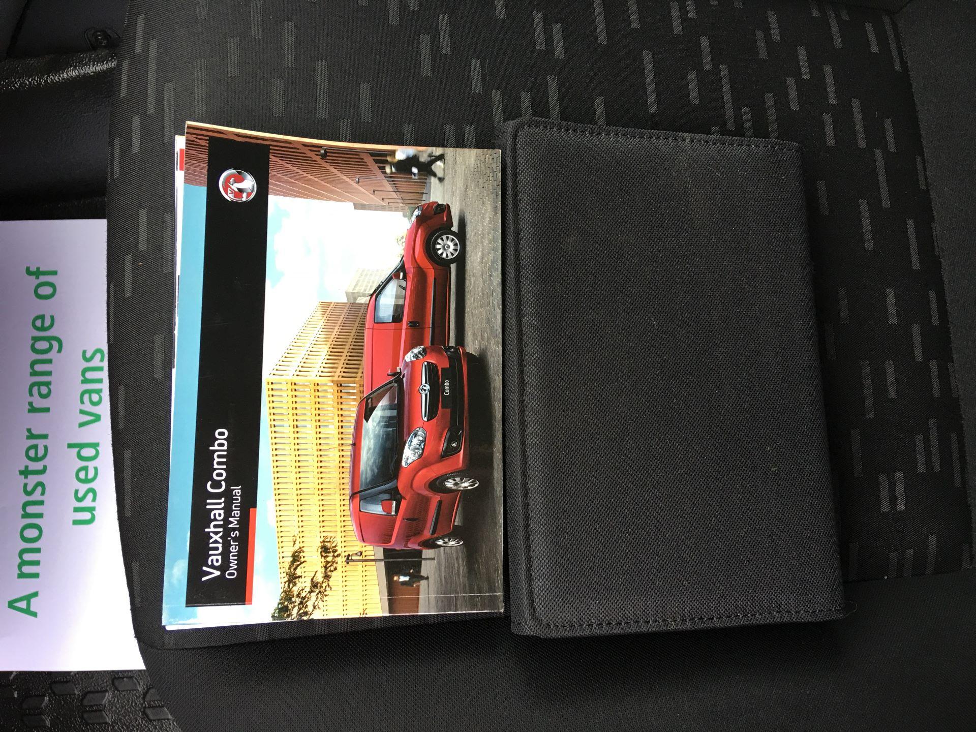 2015 Vauxhall Combo L1 H1 2000 1.3 CDTI 16V EURO 5 (DS65UAN) Image 21