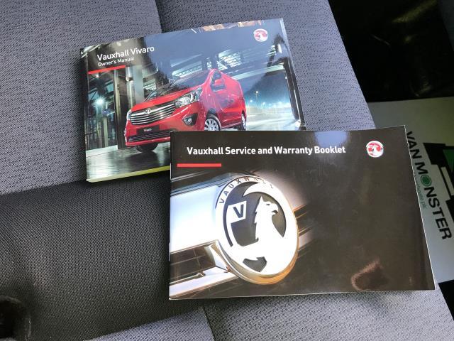 2015 Vauxhall Vivaro 2900 L2 H1 1.6CDTI 115PS 9 SEAT MINIBUS EURO 5 (DS65UBA) Image 28