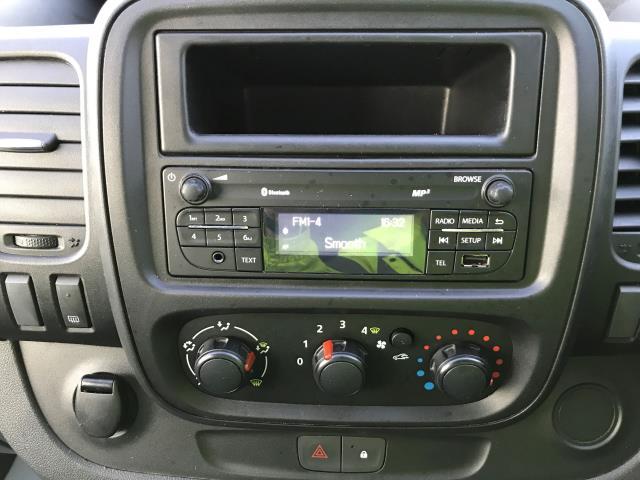 2015 Vauxhall Vivaro 2900 L2 H1 1.6CDTI 115PS 9 SEAT MINIBUS EURO 5 (DS65UBA) Image 3