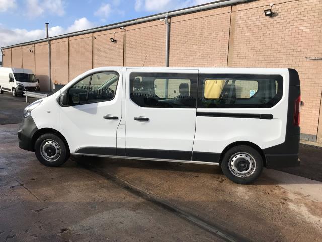 2015 Vauxhall Vivaro 2900 L2 H1 1.6CDTI 115PS 9 SEAT MINIBUS EURO 5 (DS65UBA) Image 11
