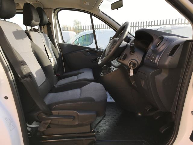 2015 Vauxhall Vivaro 2900 L2 H1 1.6CDTI 115PS 9 SEAT MINIBUS EURO 5 (DS65UBA) Image 2