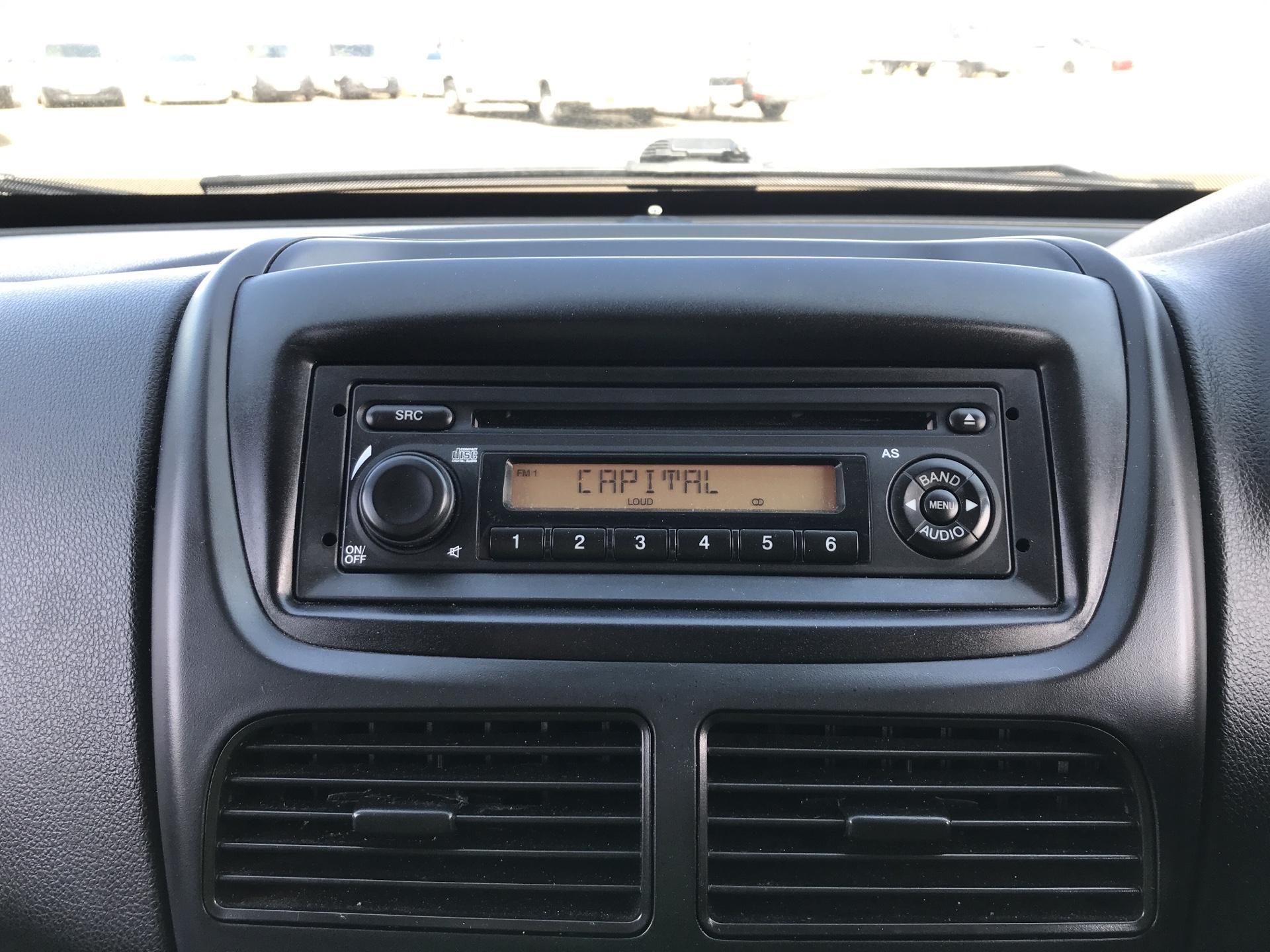 2015 Vauxhall Combo  L1 H1 2000 1.3 16V  EURO 5 (DS65UCM) Image 10