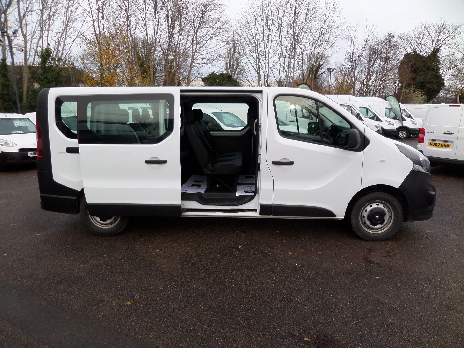 2015 Vauxhall Vivaro 2900 1.6Cdti 115Ps H1 Combi 9 Seat Mini Bus Euro 5 (DS65UEP) Image 3