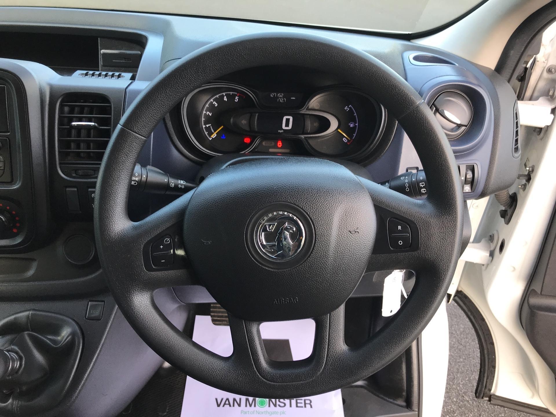 2015 Vauxhall Vivaro  L2 H1 2900 1.6 115PS COMBI 9 SEAT EURO 5  (DS65UFA) Image 12