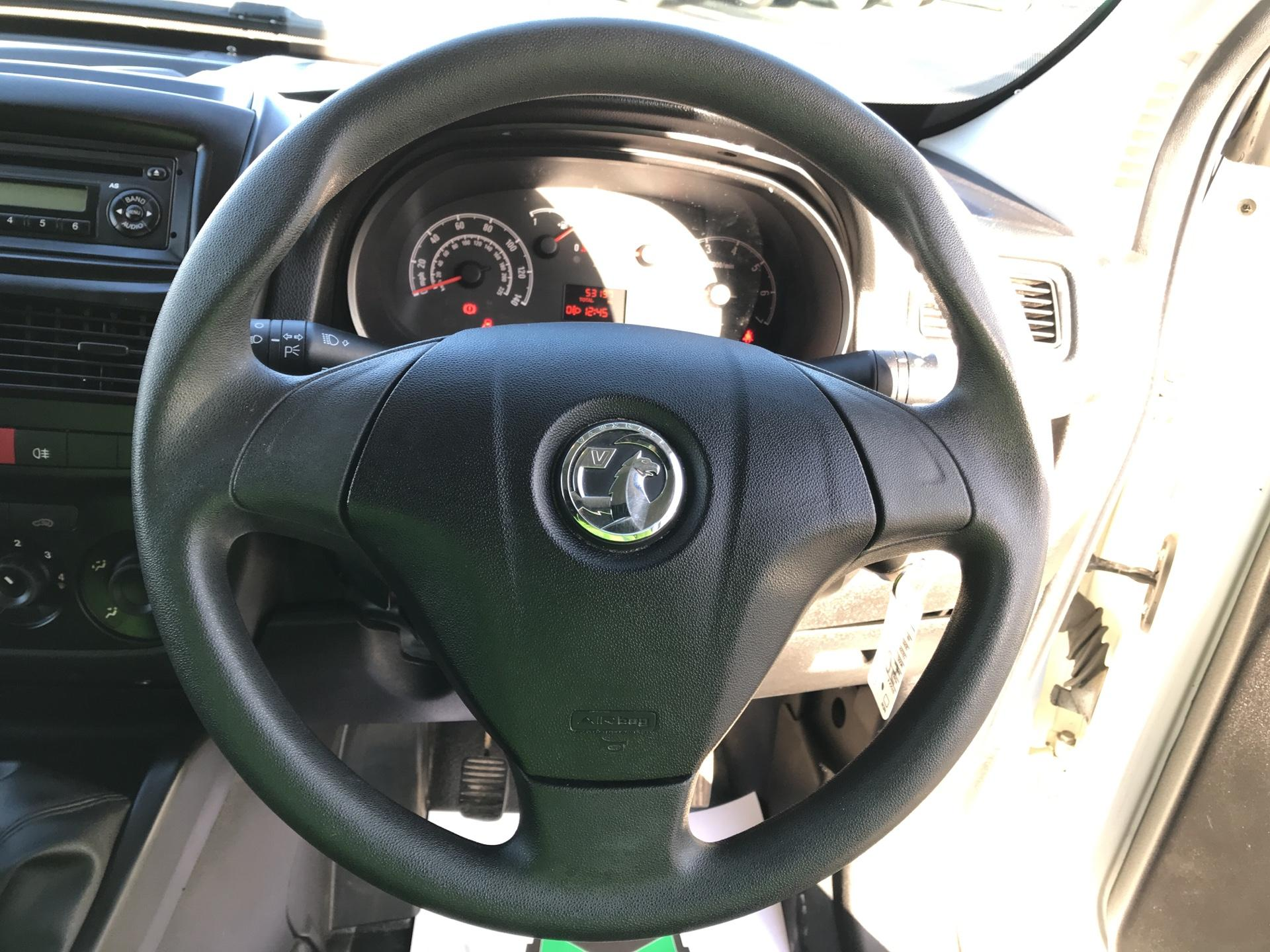 2015 Vauxhall Combo L1 H1 2000 1.3 16V EURO 5 (DS65UFX) Image 12