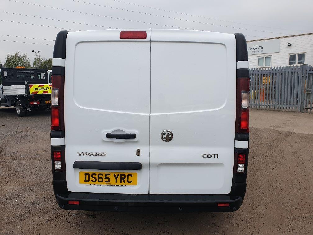 2015 Vauxhall Vivaro L2 H1 2900 1.6 115PS EURO 5 (DS65YRC) Image 9