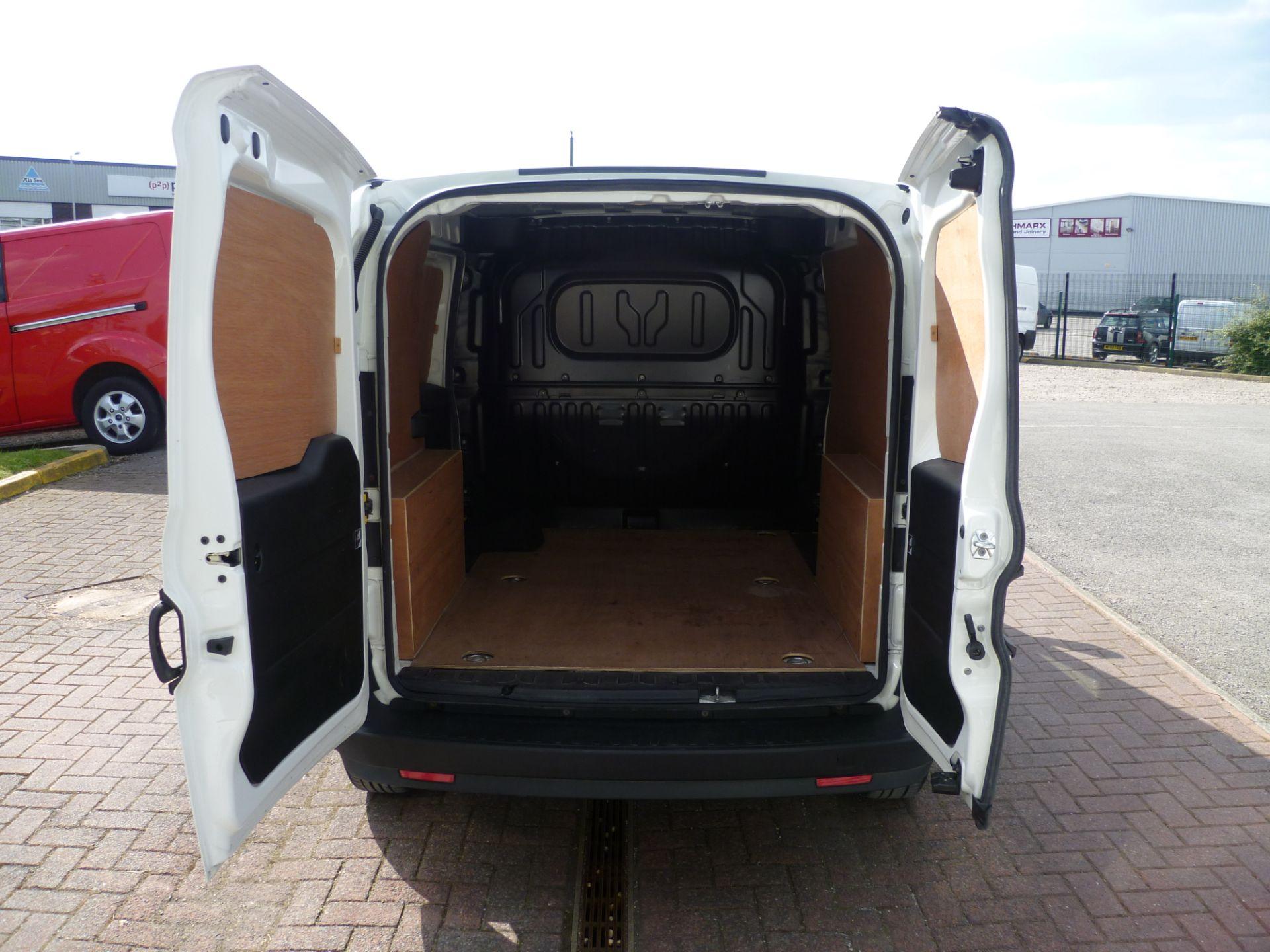 2015 Vauxhall Combo  L1 H1 2000 1.3 16V  EURO 5 (DS65YSJ) Image 7