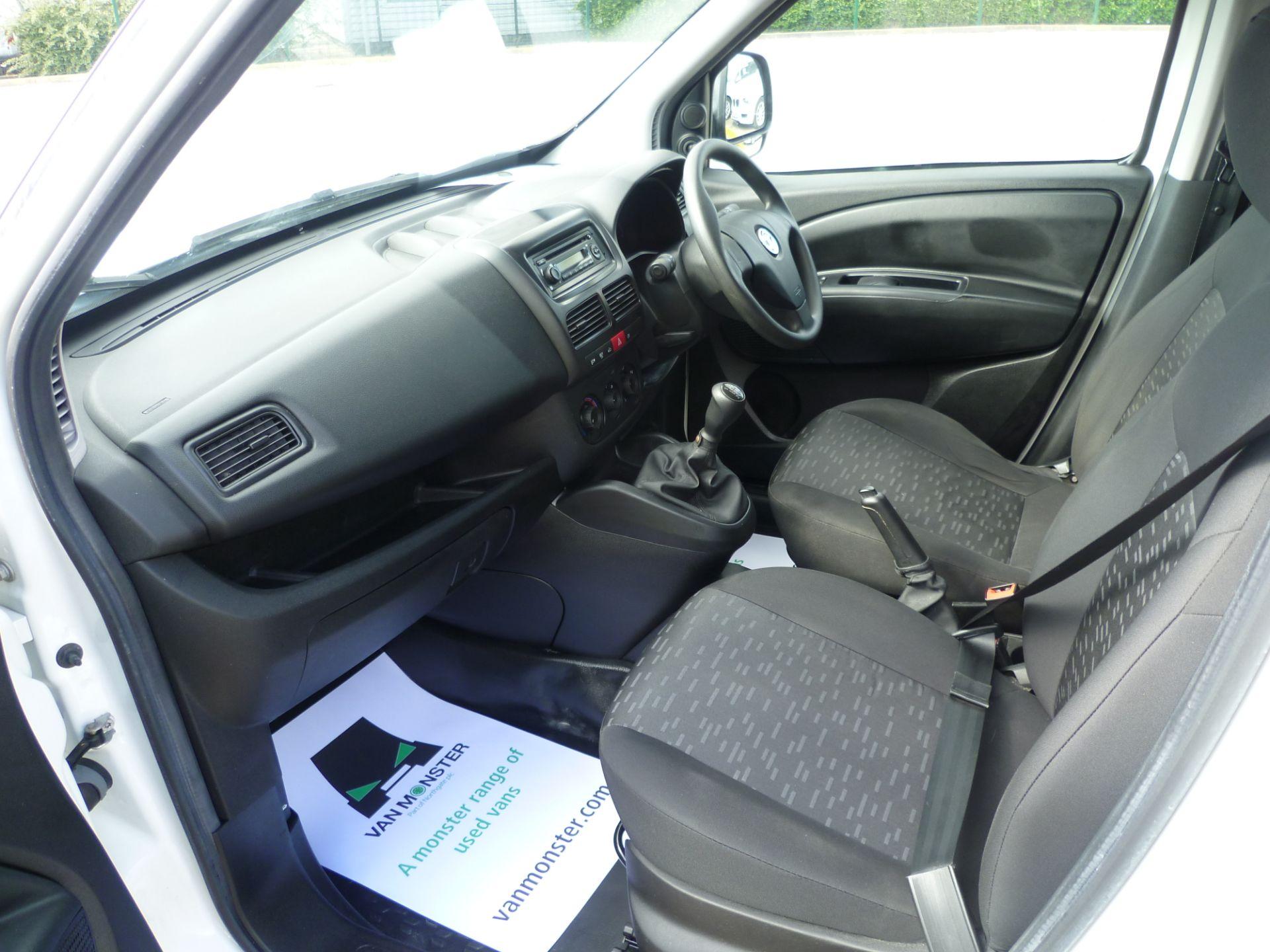 2015 Vauxhall Combo  L1 H1 2000 1.3 16V  EURO 5 (DS65YSJ) Image 19