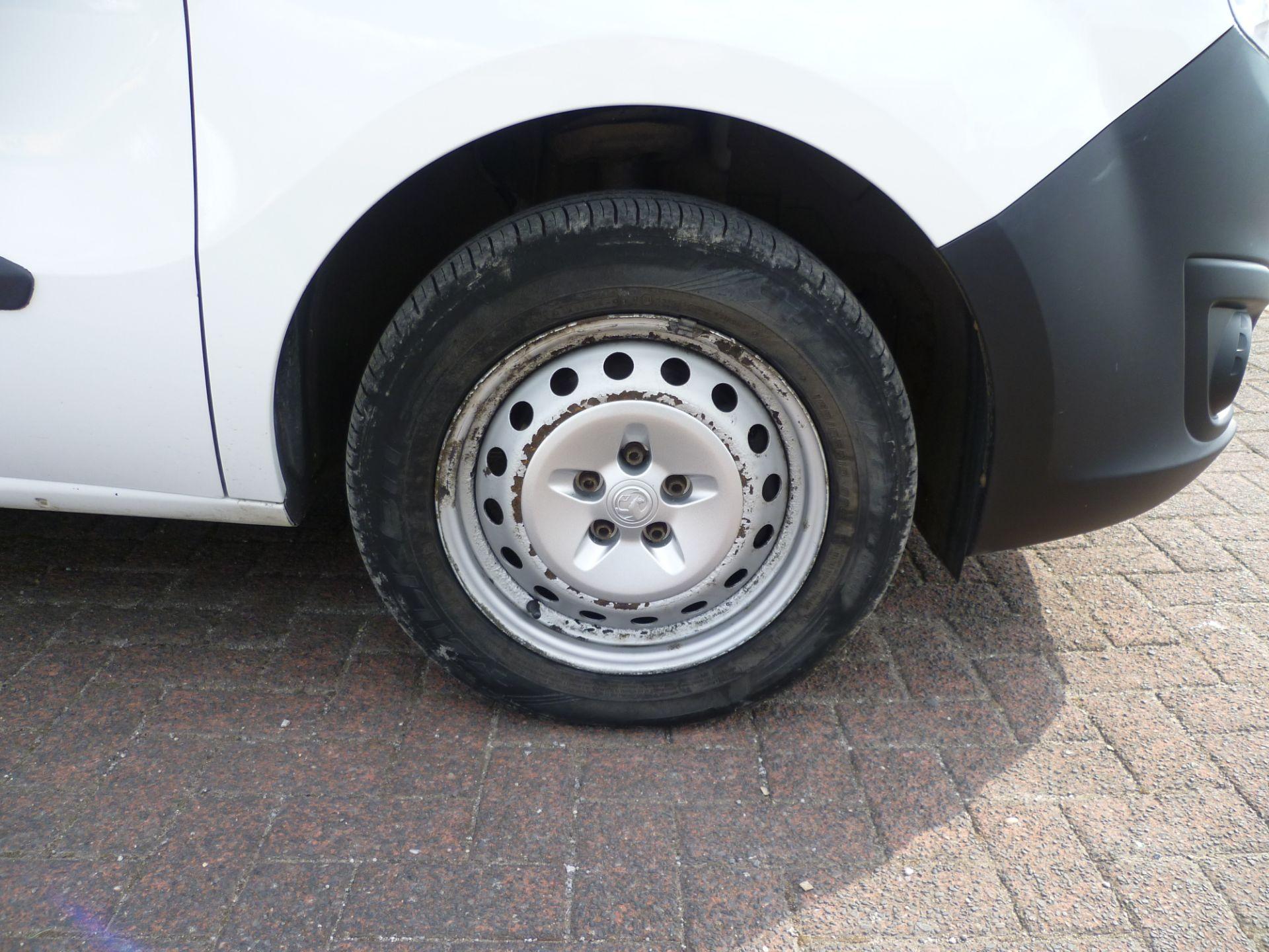 2015 Vauxhall Combo  L1 H1 2000 1.3 16V  EURO 5 (DS65YSJ) Image 16