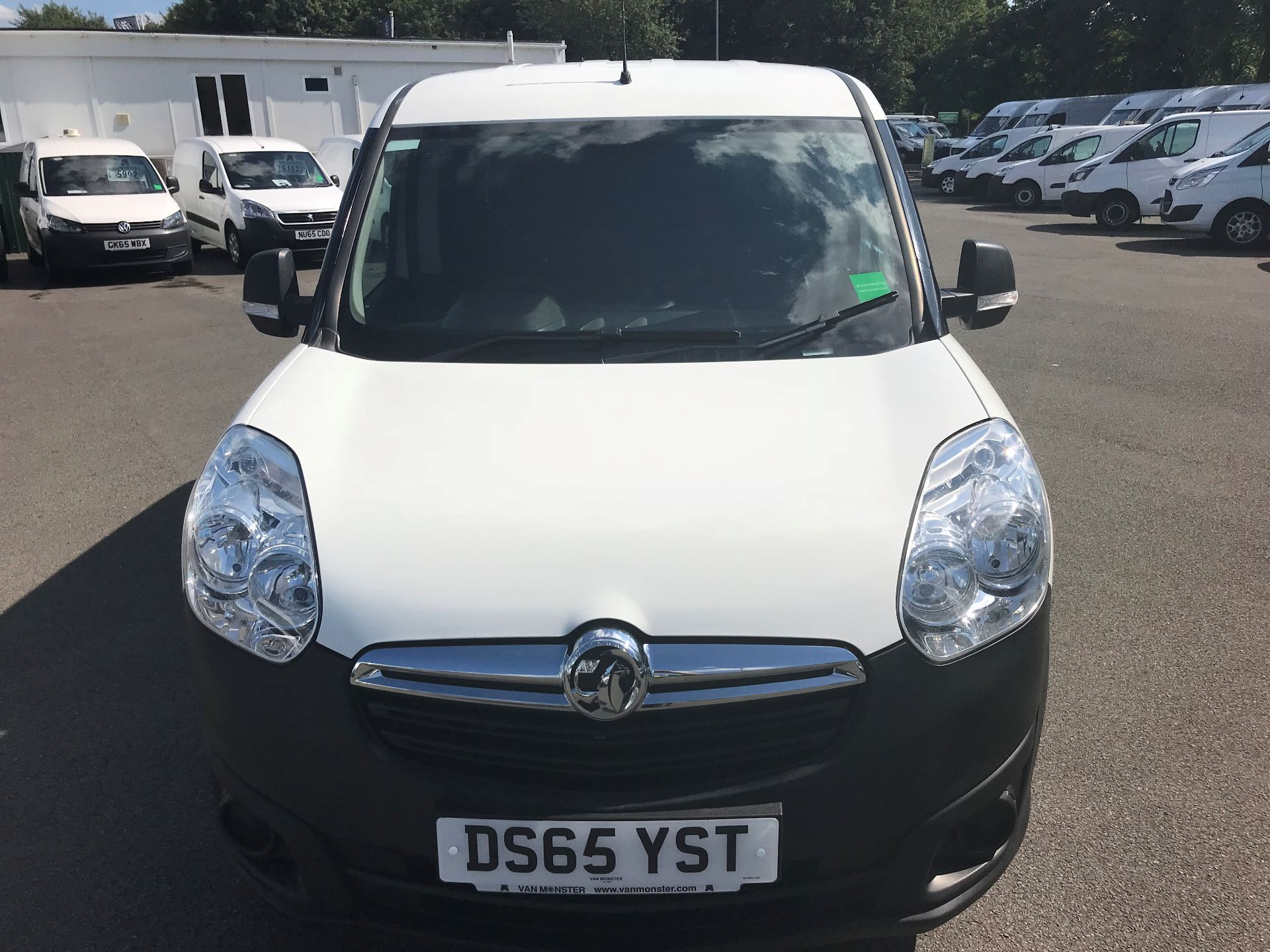 2015 Vauxhall Combo  L1 H1 2000 1.3 16V  EURO 5 (DS65YST) Image 3