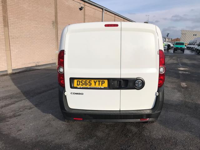 2015 Vauxhall Combo 2000 L1 H1 1.3CDTI 16V EURO 5 (DS65YTP) Image 4