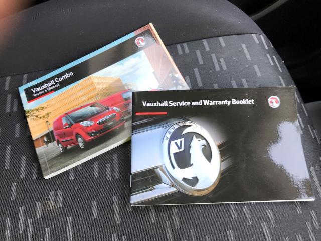 2015 Vauxhall Combo 2000 L1 H1 1.3CDTI 16V EURO 5 (DS65YTP) Image 23