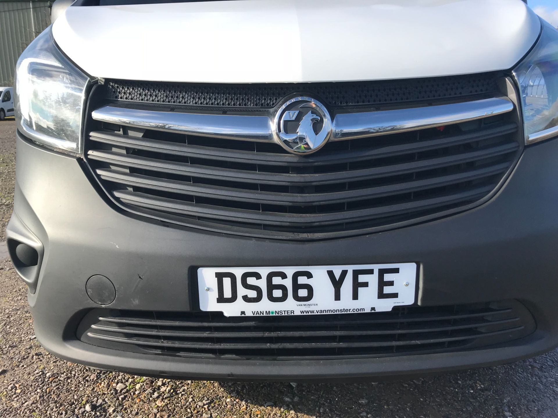 2016 Vauxhall Vivaro  L2 H1 2900 1.6 BITURBO 125PS ECOFLEX COMBI 9 SEAT EURO 6 (DS66YFE) Image 36