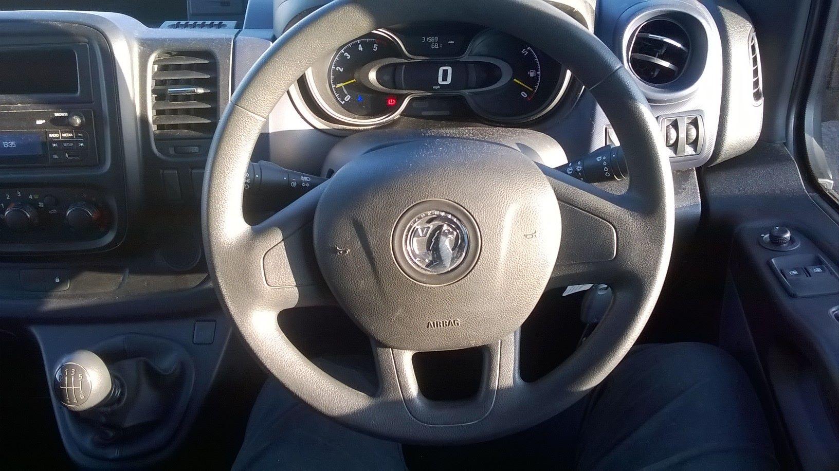 2016 Vauxhall Vivaro L2 H1 2900 1.6 115PS EURO 5 (DS66YFU) Image 15