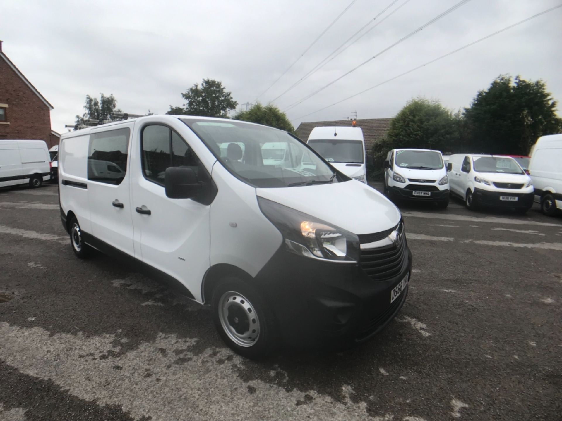 2016 Vauxhall Vivaro  L2 H1 2900 1.6 115PS DOUBLE CAB EURO 5 (DS66YHG)
