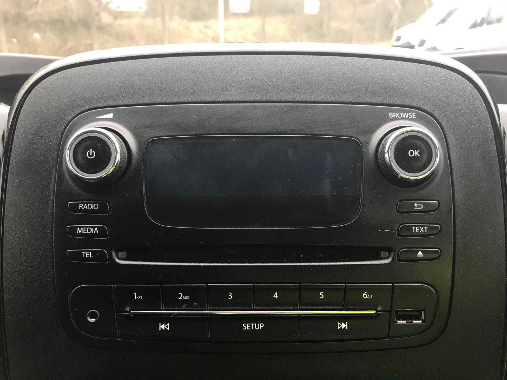 2017 Vauxhall Vivaro L2 H1 2900 1.6CDTI 120PS SPORTIVE EURO 6 (DS67BCE) Image 20