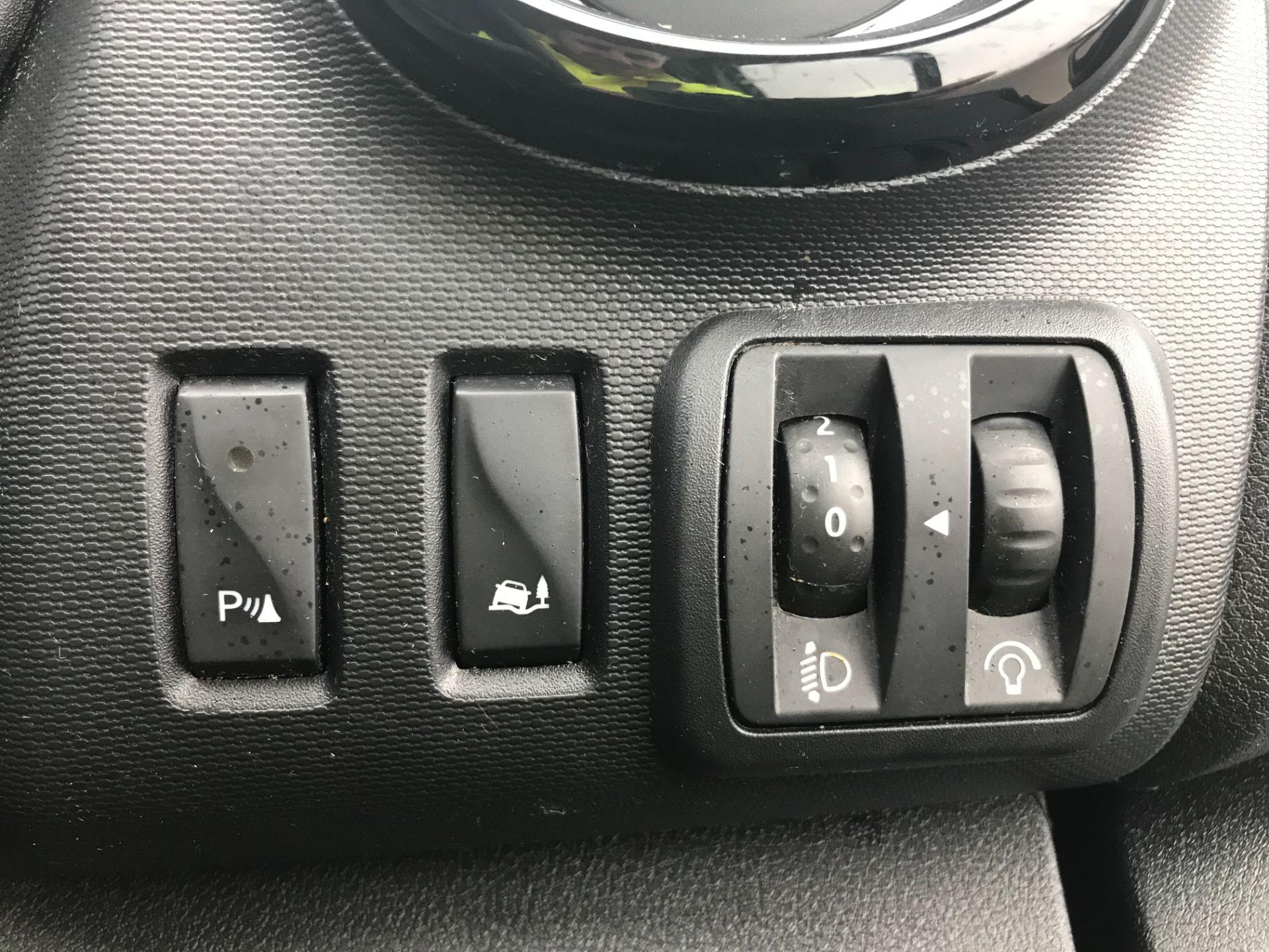 2017 Vauxhall Vivaro L2 H1 2900 1.6CDTI 120PS SPORTIVE EURO 6 (DS67BCE) Image 26