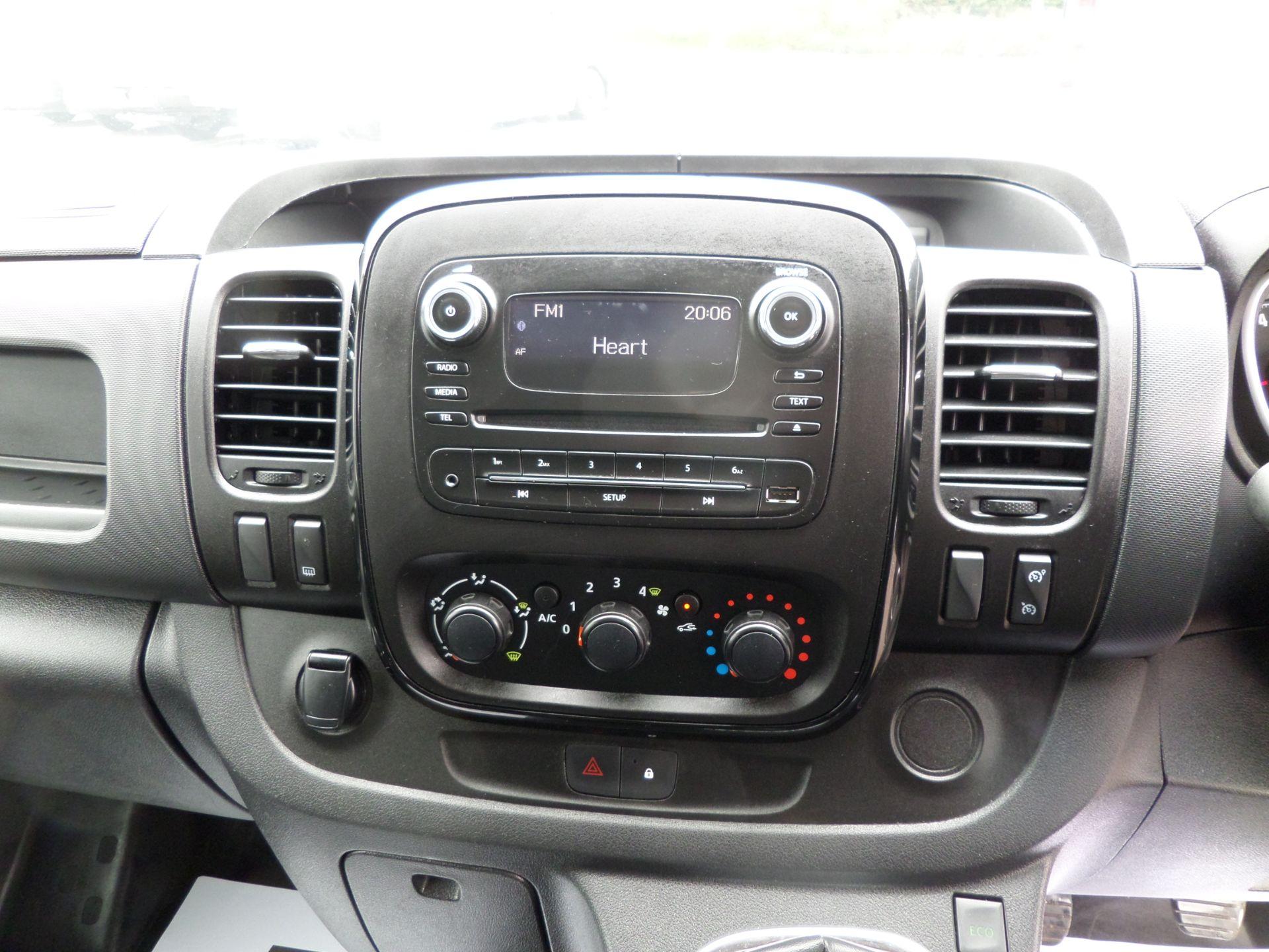 2017 Vauxhall Vivaro 2900 1.6Cdti 120Ps Sportive H1 Van Euro 6 (DS67BFE) Image 11
