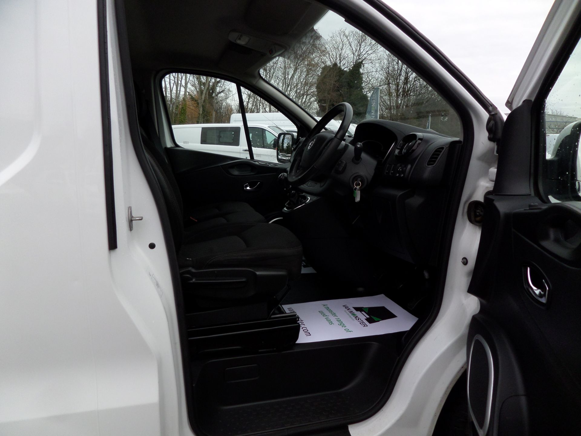 2017 Vauxhall Vivaro 2900 1.6Cdti 120Ps Sportive H1 Van Euro 6 (DS67BFE) Image 10