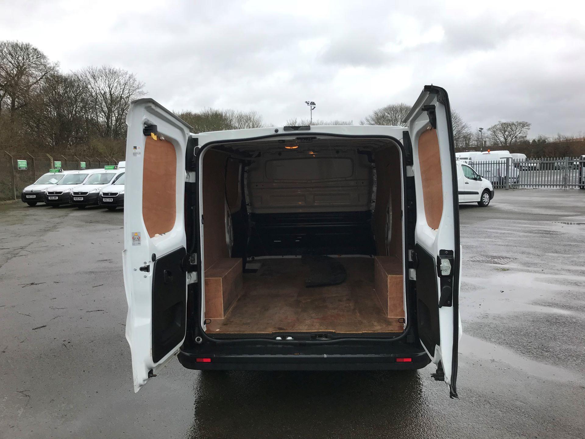 2017 Vauxhall Vivaro L2 H1 2900 1.6CDTI 120PS EURO 6 (DS67BGO) Image 7
