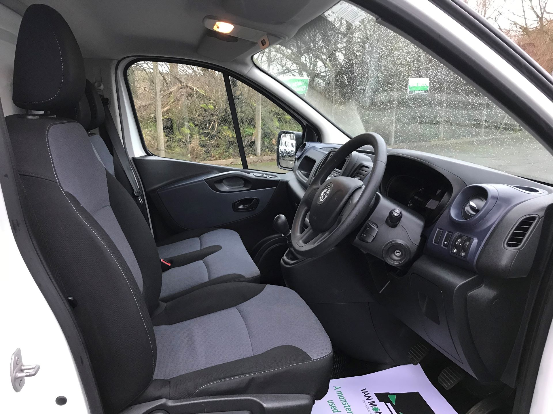 2017 Vauxhall Vivaro L2 H1 2900 1.6CDTI 120PS EURO 6 (DS67BGO) Image 18