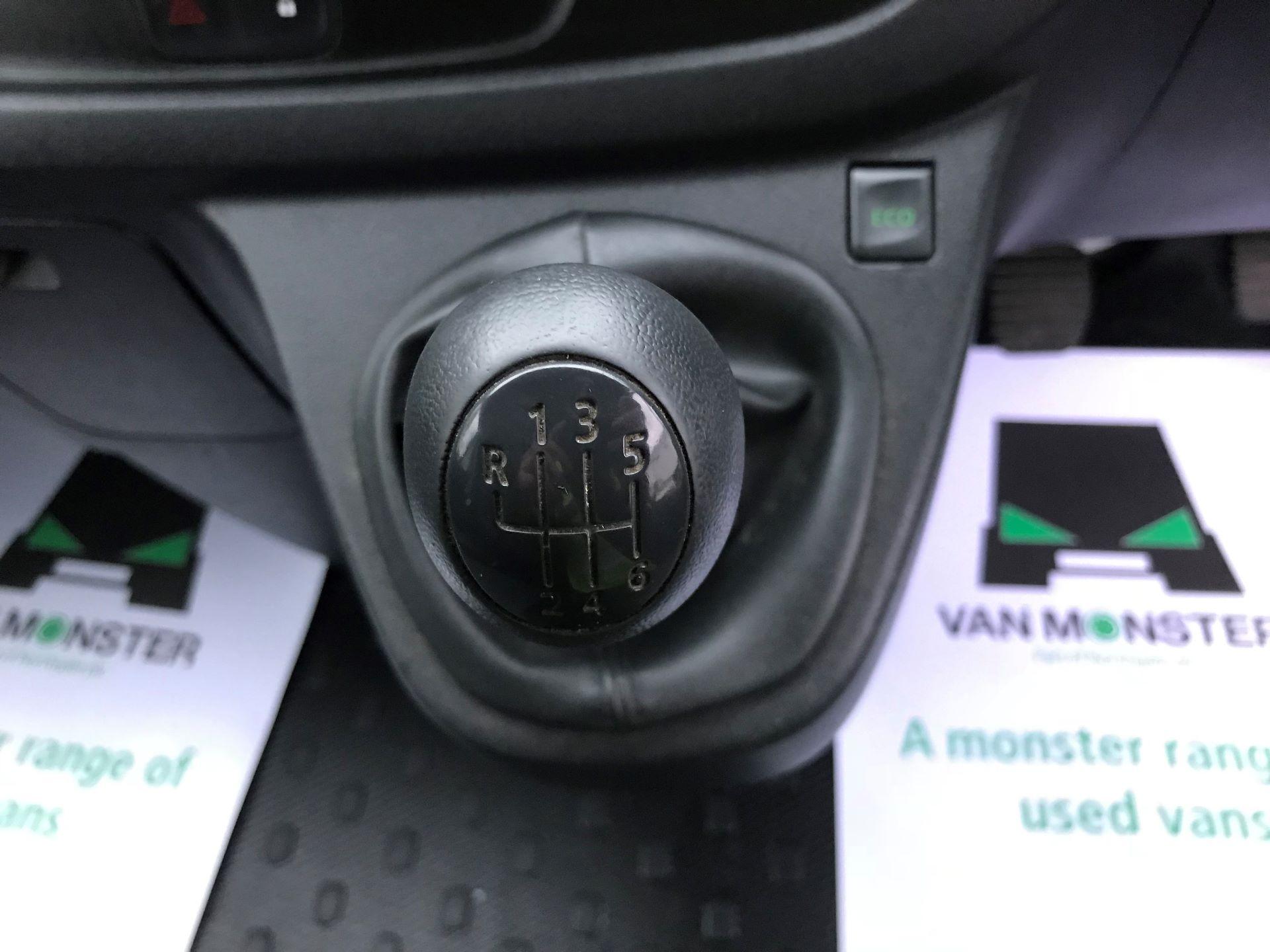 2017 Vauxhall Vivaro L2 H1 2900 1.6CDTI 120PS EURO 6 (DS67BGO) Image 22