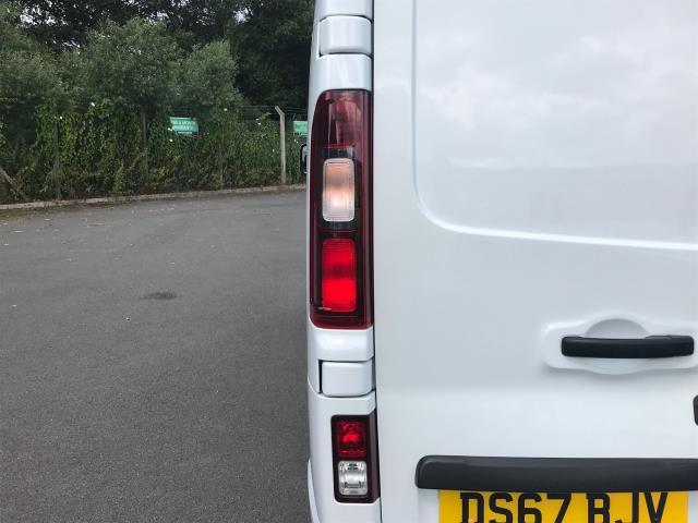 2017 Vauxhall Vivaro Vauxhall Vivaro 2900 1.6 Cdti 120Ps Sportive H1 Van (DS67BJV) Image 15
