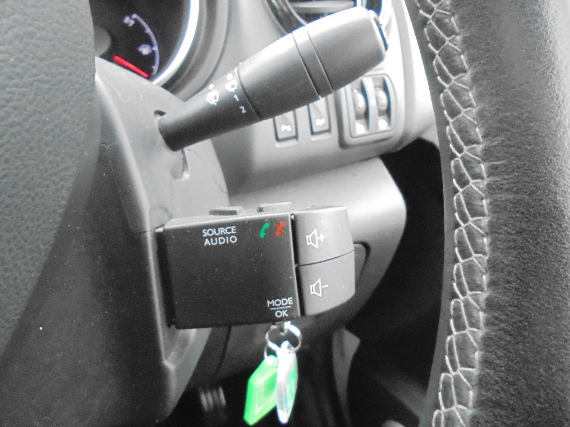 2017 Vauxhall Vivaro L2 H1 2900 1.6CDTI 120PS SPORTIVE EURO 6 (DS67BJY) Image 20