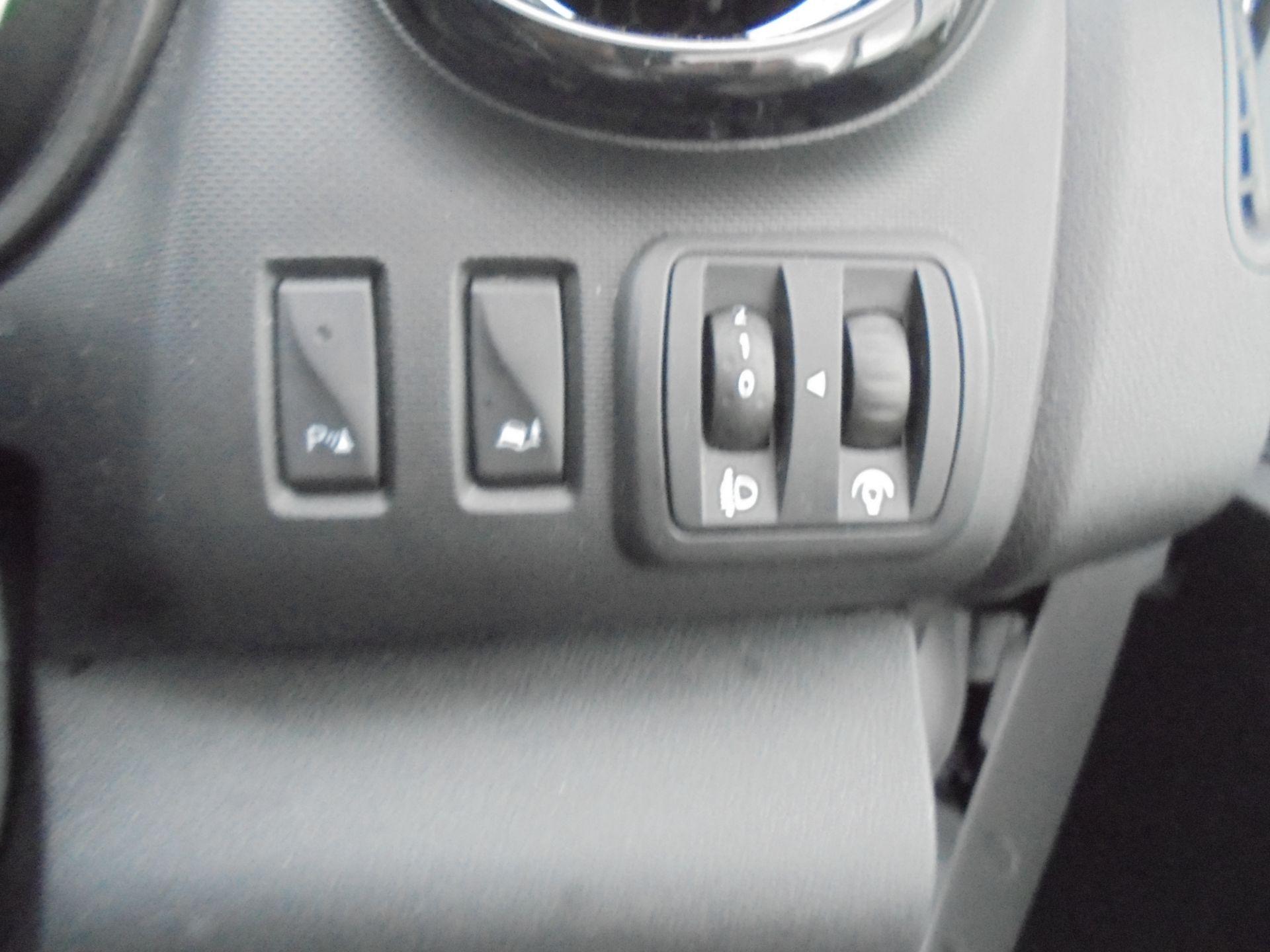 2017 Vauxhall Vivaro L2 H1 2900 1.6CDTI 120PS SPORTIVE EURO 6 (DS67BJY) Image 19