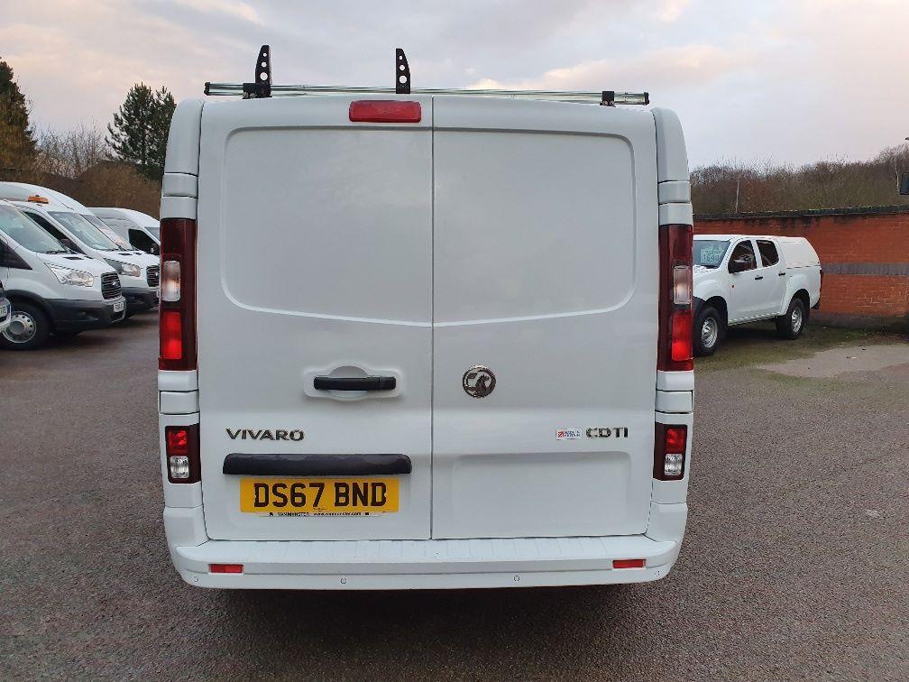 2017 Vauxhall Vivaro L2 H1 2900 1.6CDTI 120PS SPORTIVE EURO 6 (DS67BND) Image 10