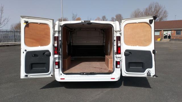 2017 Vauxhall Vivaro 2900 1.6Cdti 120Ps Sportive H1 Van (DS67BNJ) Image 10
