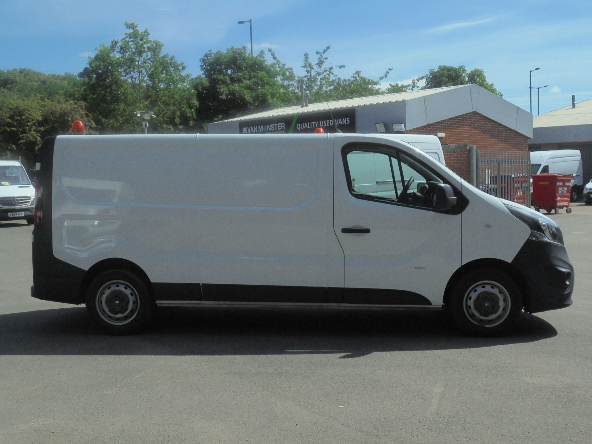 2017 Vauxhall Vivaro 2900 1.6Cdti 120Ps H1 Van (DS67BUU) Image 11