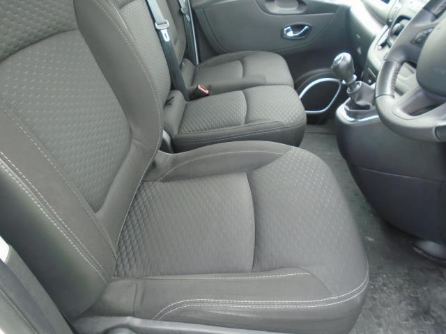 2017 Vauxhall Vivaro  L2 H1 2900 1.6 CDTI 120PS SPORTIVE EURO 6 (DS67BWB) Image 19