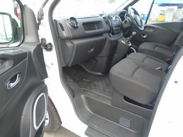 2017 Vauxhall Vivaro  L2 H1 2900 1.6 CDTI 120PS SPORTIVE EURO 6 (DS67BWB) Image 16