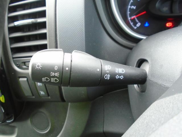 2017 Vauxhall Vivaro  L2 H1 2900 1.6 CDTI 120PS SPORTIVE EURO 6 (DS67BWB) Image 26