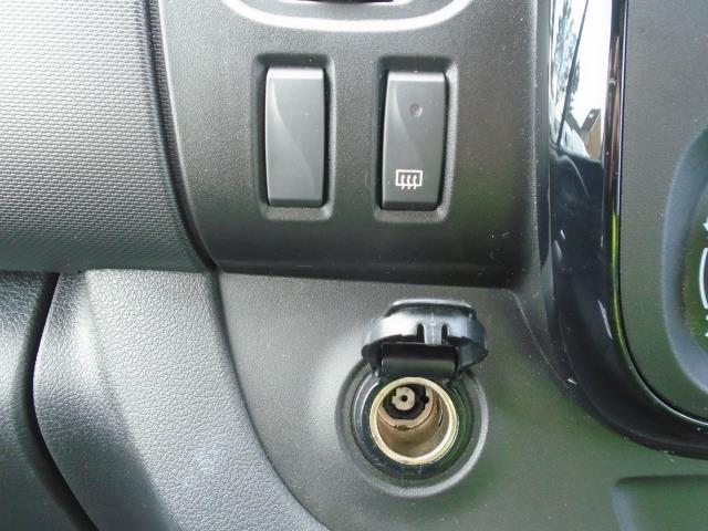 2017 Vauxhall Vivaro  L2 H1 2900 1.6 CDTI 120PS SPORTIVE EURO 6 (DS67BWB) Image 32