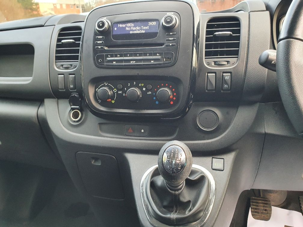 2017 Vauxhall Vivaro 2900 1.6Cdti 120Ps Sportive H1 Van (DS67BWO) Image 8