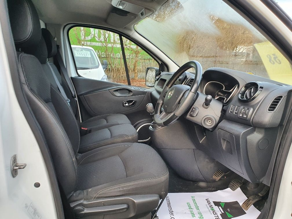2017 Vauxhall Vivaro 2900 1.6Cdti 120Ps Sportive H1 Van (DS67BWO) Image 5