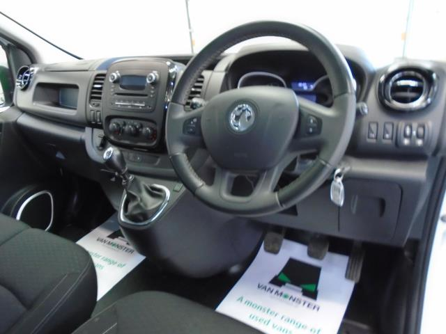 2017 Vauxhall Vivaro 2900 1.6Cdti 120Ps Sportive H1 Van (DS67CCX) Image 18