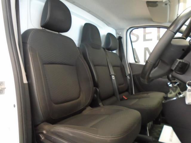 2017 Vauxhall Vivaro 2900 1.6Cdti 120Ps Sportive H1 Van (DS67CCX) Image 4