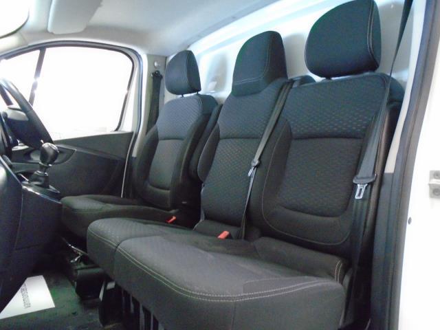 2017 Vauxhall Vivaro 2900 1.6Cdti 120Ps Sportive H1 Van (DS67CCX) Image 5