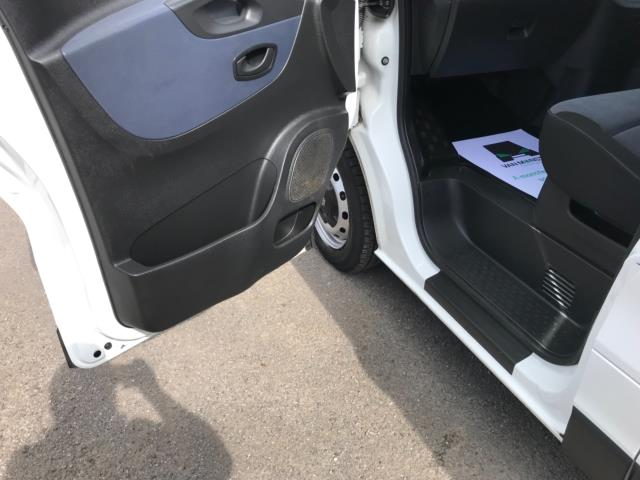 2017 Vauxhall Vivaro 2900 1.6Cdti 120Ps H1 Doublecab Euro 6 (DS67CFF) Image 26
