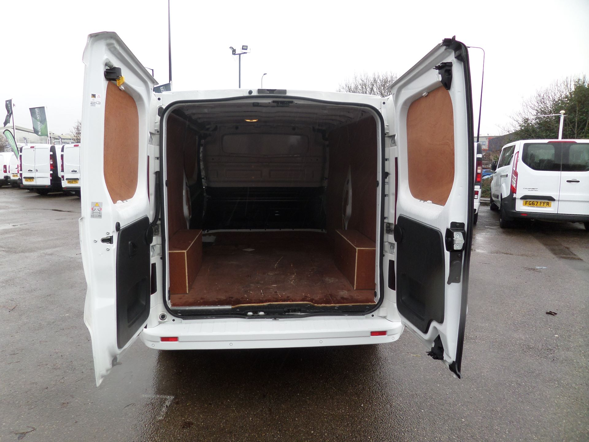2017 Vauxhall Vivaro 2900 1.6Cdti 120Ps Sportive H1/L2 Van Euro 6 (DS67CFK) Image 4